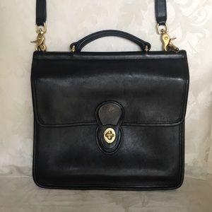 Coach Vintage Black Leather Willis Station Bag.